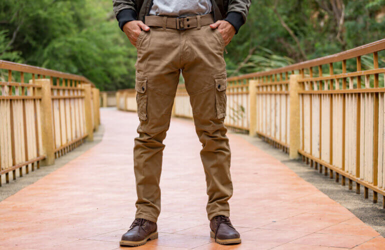 Streetwear Style Tips: How to Style Cargo Pants