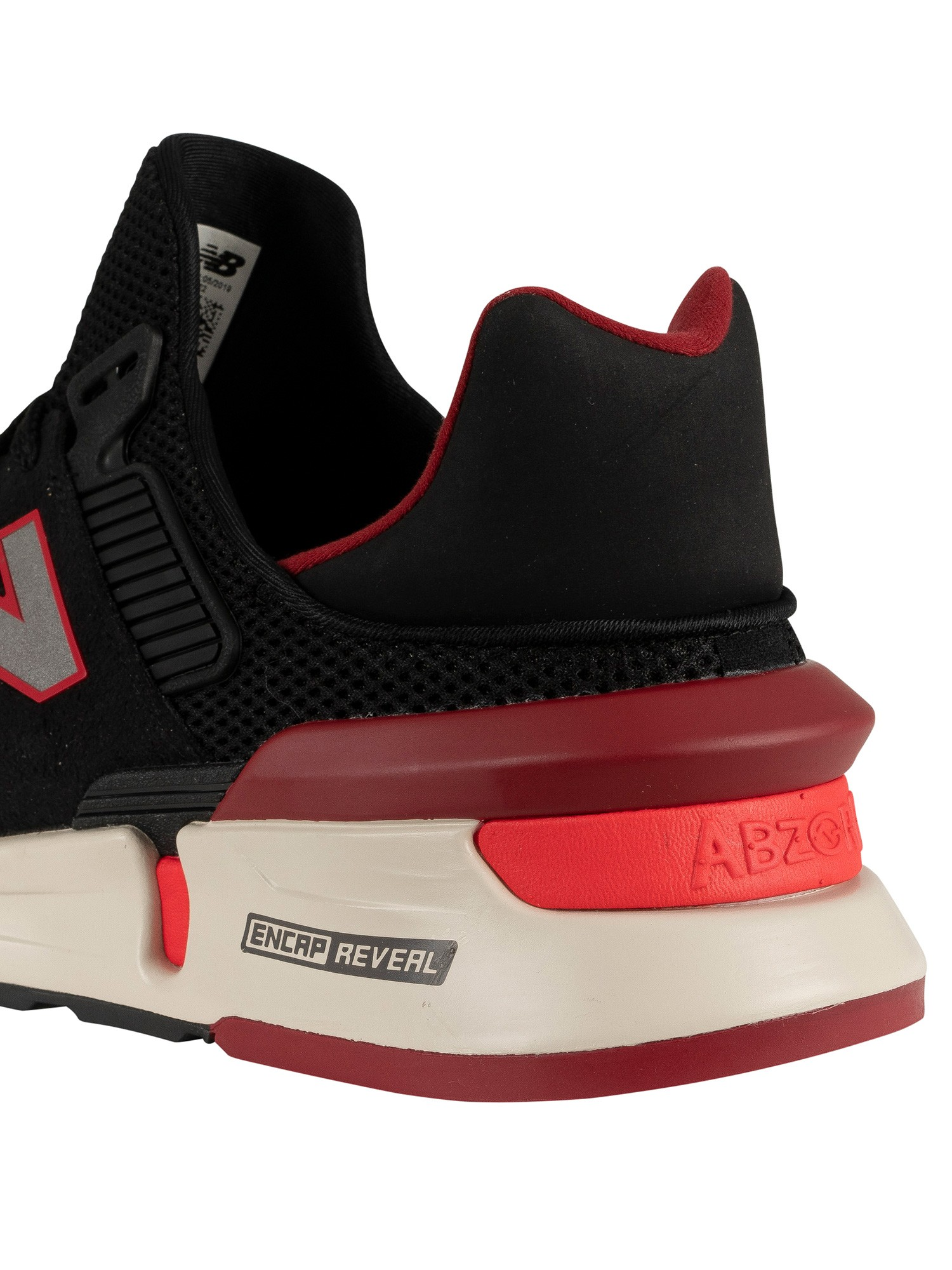 quality design 01bbb 06e4c New Balance 997 Trainers - Black/Red