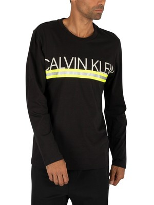 Calvin Klein Graphic Longsleeved T-Shirt - Black