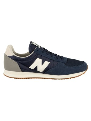 New Balance 220 Suede Trainers - Pigment/White