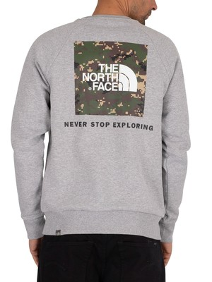 The North Face Raglan Redbox Sweatshirt - Light Grey Heather