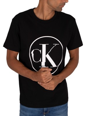 Calvin Klein Jeans Round Distorted T-Shirt - Black